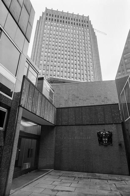 Stock Exchange, Throgmorton St, City, 1987 87-11a-62-positive_2400
