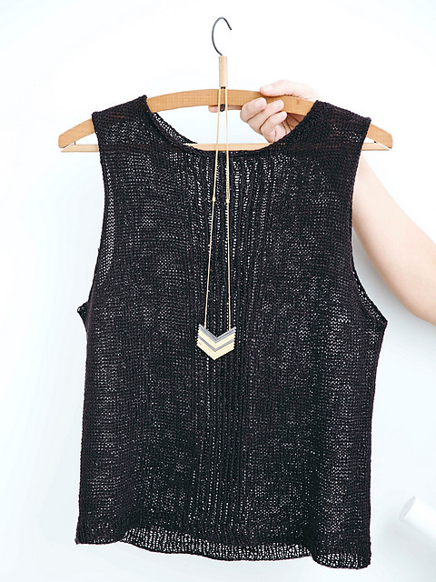 Just love this chic little summer top! Staple Linen Top by Joji Locatelli! Beautiful in Linen!