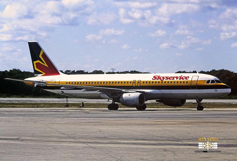 Skyservice / Airbus A320-212 / C-FTDI (Monarch cs.)