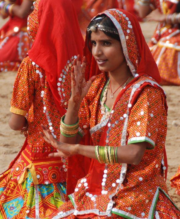 DSC_1828IndiaPushkarCamelFairDansgroep