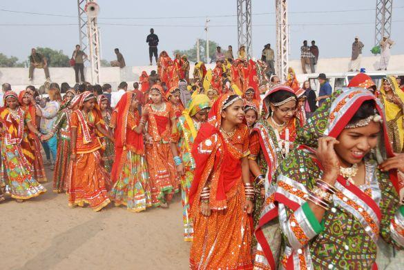 DSC_1812IndiaPushkarDansgroep