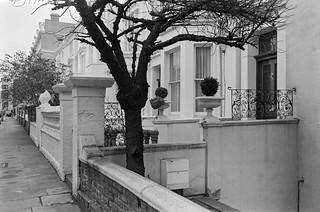 Kensington Church St area, Kensington, Kensington & Chelsea, 1987  87-11e-63-positive_2400