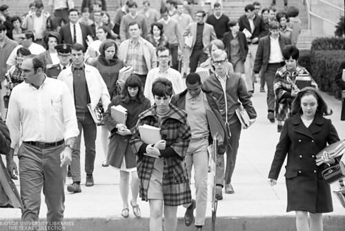 Baylor University Students-1968-69 Crowd (2)