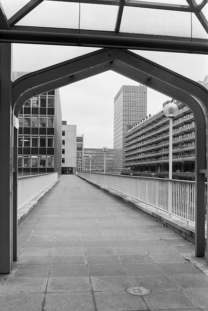 Highwalk, Moor Lane, City, 1987 87-11c-21-positive_2400