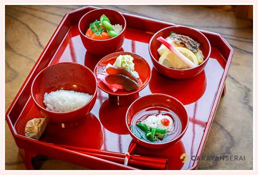 あつた蓬莱軒のお食い初め膳(料理) 名古屋市熱田区