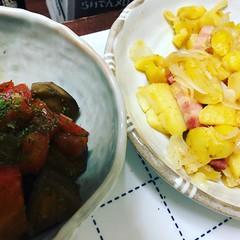 ジャーマンポテトとナスとトマトのガーリックバルサミコ酢和え。ニンニクだらけになってしまったw