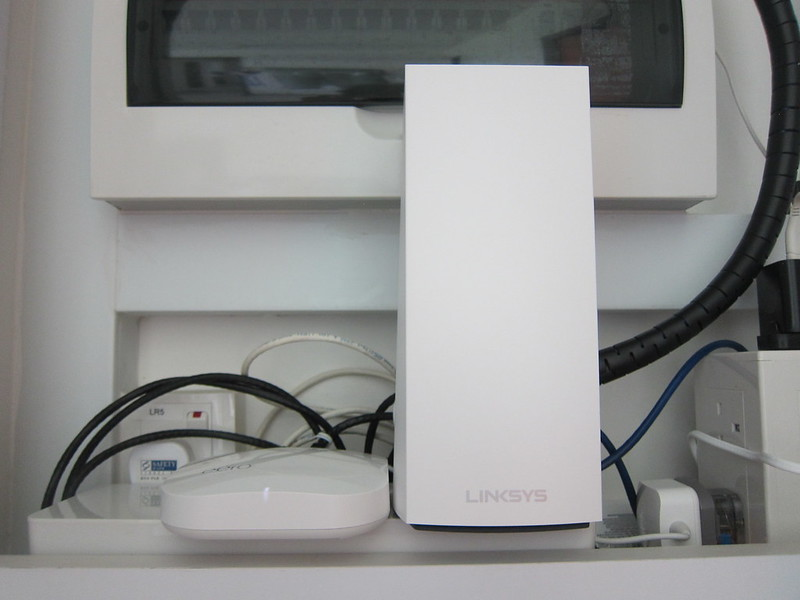 Linksys Velop MX5300 Wi-Fi 6 - With eero Pro