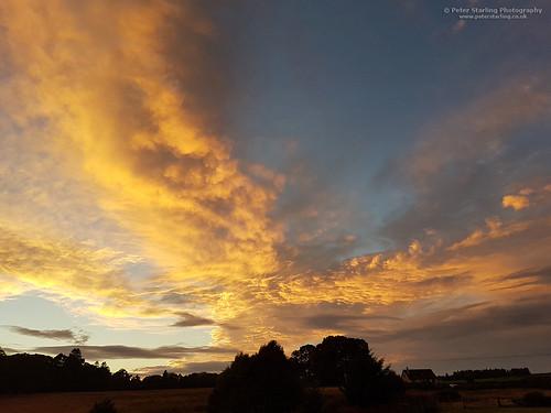 uk sky orange cloud sun set clouds barn scotland rosemarkie fortrose taffs peterstarling raddery