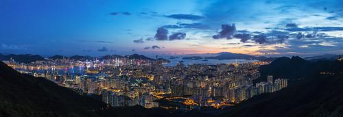 summer hongkong aug sunset kowloonpeakviewingpoint magichour sony a7riii nightscene kowloonpeak 飛鵝山觀景台 飛鵝山 九龍峰 全景 panorama