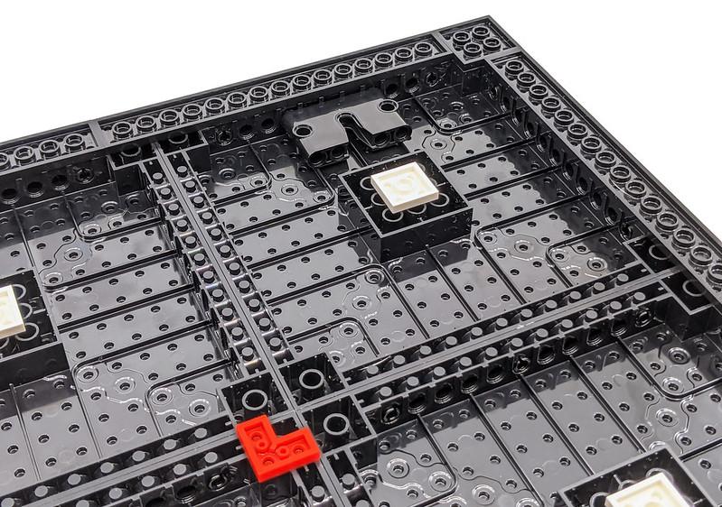 31199: Marvel Studios Iron Man LEGO Art Review