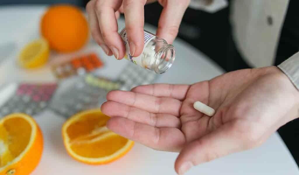 un-cocktail-de-produits-naturels-contre-le-SARS-CoV-2