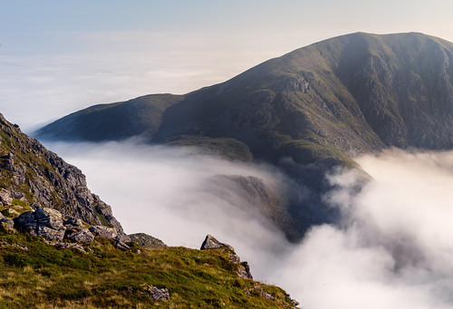 cloudinversion clouds fog hills mountains sun sky morning summer light hike landscape benvorlich stucachroin trossachs scotland nikon d810 nikond810 2470mm 16mm nikkor2470mm nikkor2470mmf28