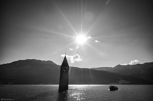Lake Rèsia