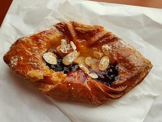 Blueberry Danish from Farine