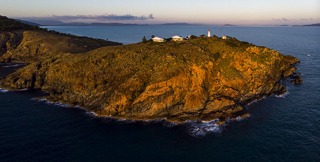 Cape Cleveland 2020-0440-Pano