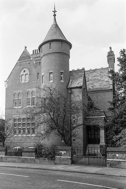Tower House, Melbury Rd, Kensington, Kensington & Chelsea, 1987 87-12c-15-positive_2400