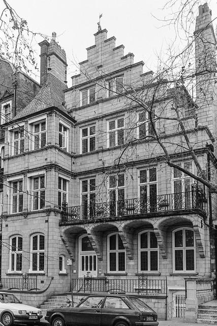 Harrington Gardens, Earls Court, Kensington, Kensington & Chelsea, 1987  87-12e-35-positive_2400