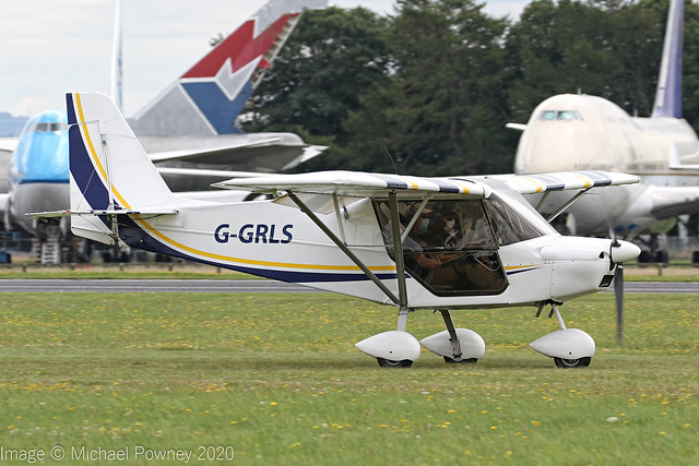 G-GRLS - 2018 build Best Off Skyranger Swift, arriving on Runway 26 Grass at Kemble