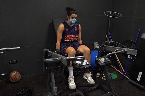 NOTICIAS DE AGÜIMES: Leticia Romero regresa hoy al trabajo colectivo del Valencia Basket tras la grave lesión que la apartó de las canchas