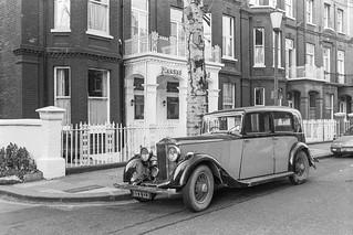 Vintage car, Philbeach Gardens,  Earls Court, Kensington, Kensington & Chelsea, 1987 87-12c-65-positive_2400