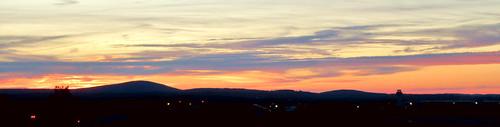 sunset manchester airport mht manchesterboston regional londonderry new hampshire nh sky