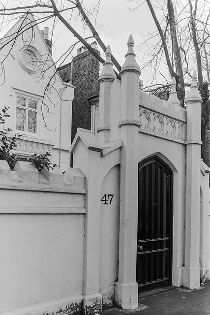 Addison Rd, Holland Park, Kensington & Chelsea, 1987 87-12d-42-positive_2400