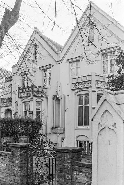 Addison Rd, Holland Park, Kensington & Chelsea, 1987  87-12d-41-positive_2400