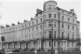 Royal Crescent, Holland Park, Kensington & Chelsea, 1987 87-12d-12-positive_2400