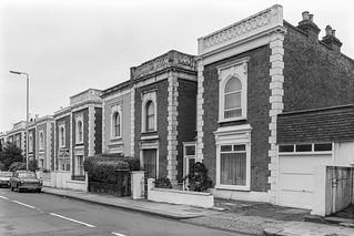 Wellesley Rd, Gunnersbury, Hounslow, 198787-12e-62-positive_2400