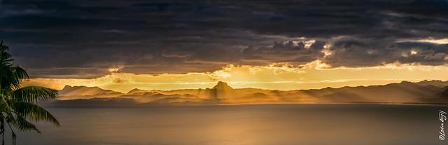 Fiji / Sunset at Savusavu