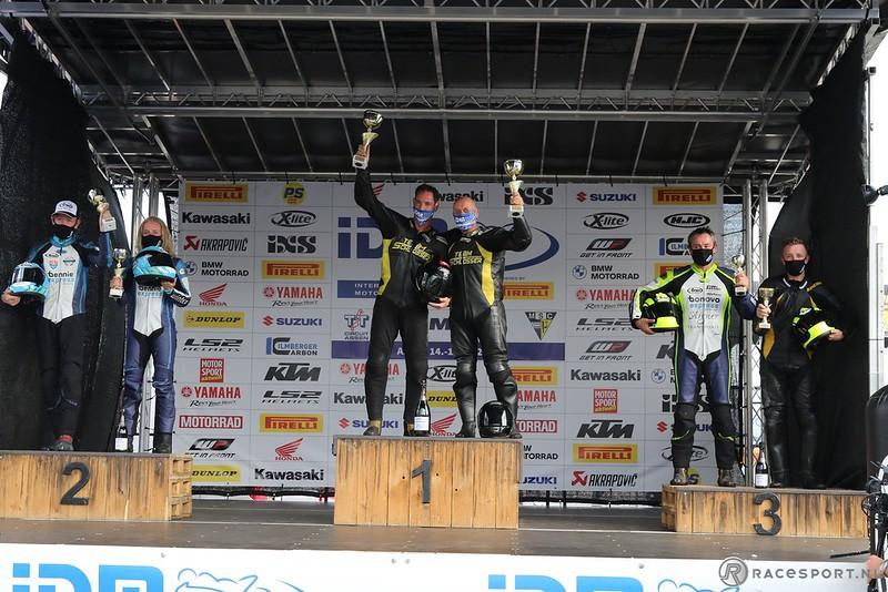IDM Sidecar podium