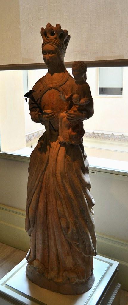 Mare_de_Déu_amb_xiquet,_Museu_Nacional_de_Ceràmica_de_València