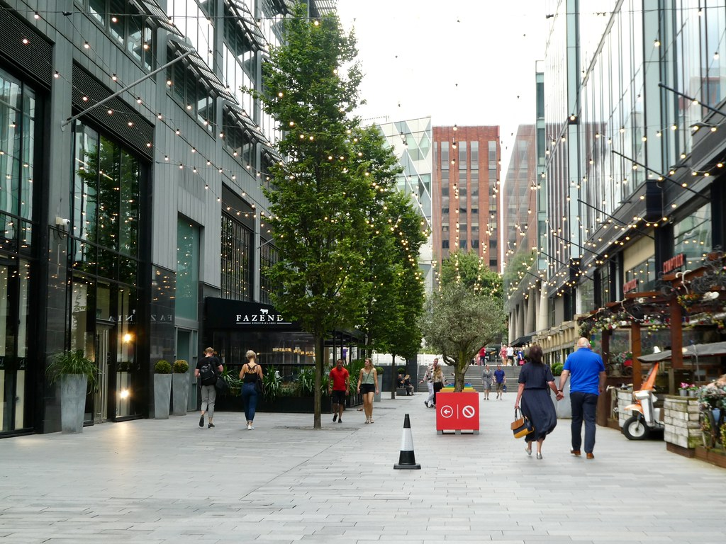 The Avenue, Spinningfields