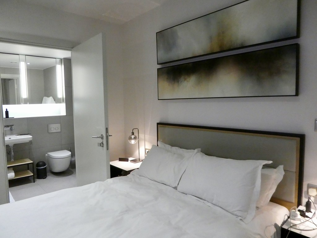 Bedroom, CitySuites Manchester
