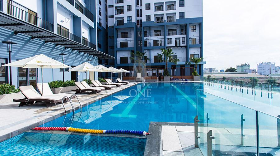 Hồ bơi tại dự án căn hộ M-One Nam Sài Gòn quận 7, hình ảnh thực tế.