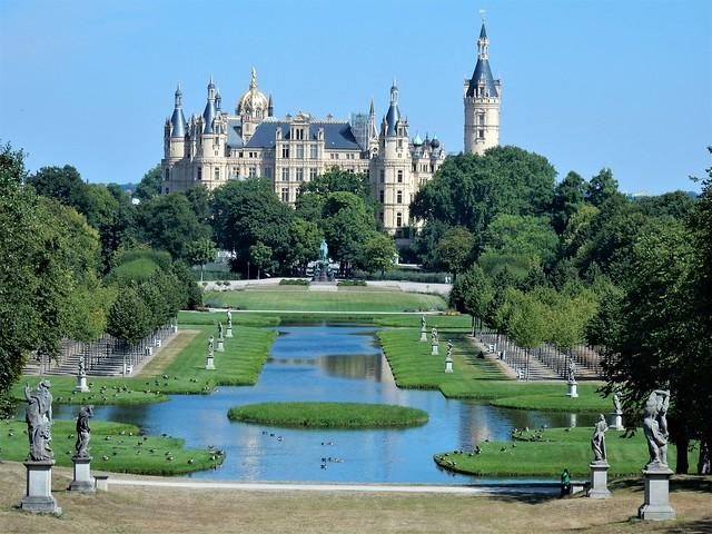 Schweriner Schloss, Schwerin - Germany (N4809)