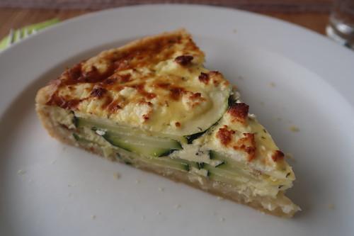 Zucchini-Tarte (mein zweites Stück)