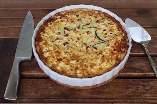 Zucchini-Tarte (servierbereit)