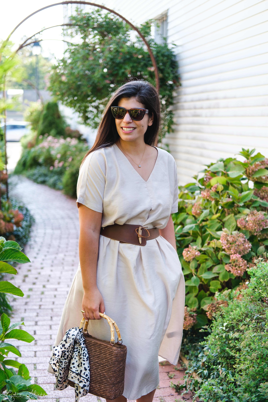 tan cotton dress, vintage banana republic belt, tortoise slide sandals, straw bag-8.jpg