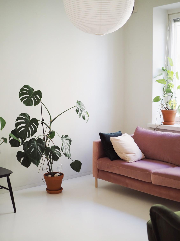 ida365 vaaleanpunainen sohva