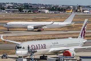TLS LFBO / QatarAirways A350-1000 F-WZHF (msn382) + Alafco / Airbus A350-941 (msn308) F-WZFU (B-xxxx)