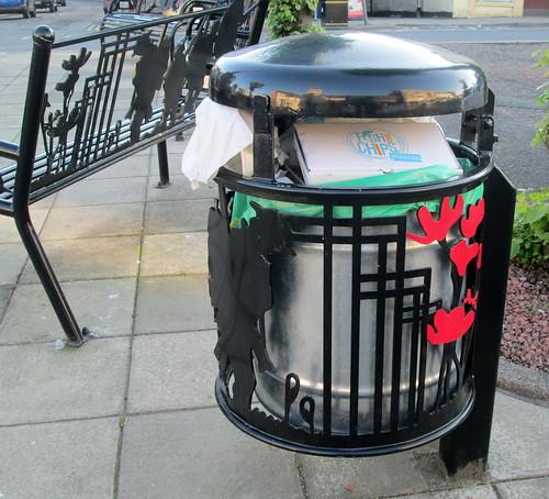 Moffat War Memorial Bin