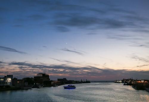 japan hokkaido travel kushiro river nusamai bridge sunset nightscape pleasureboat