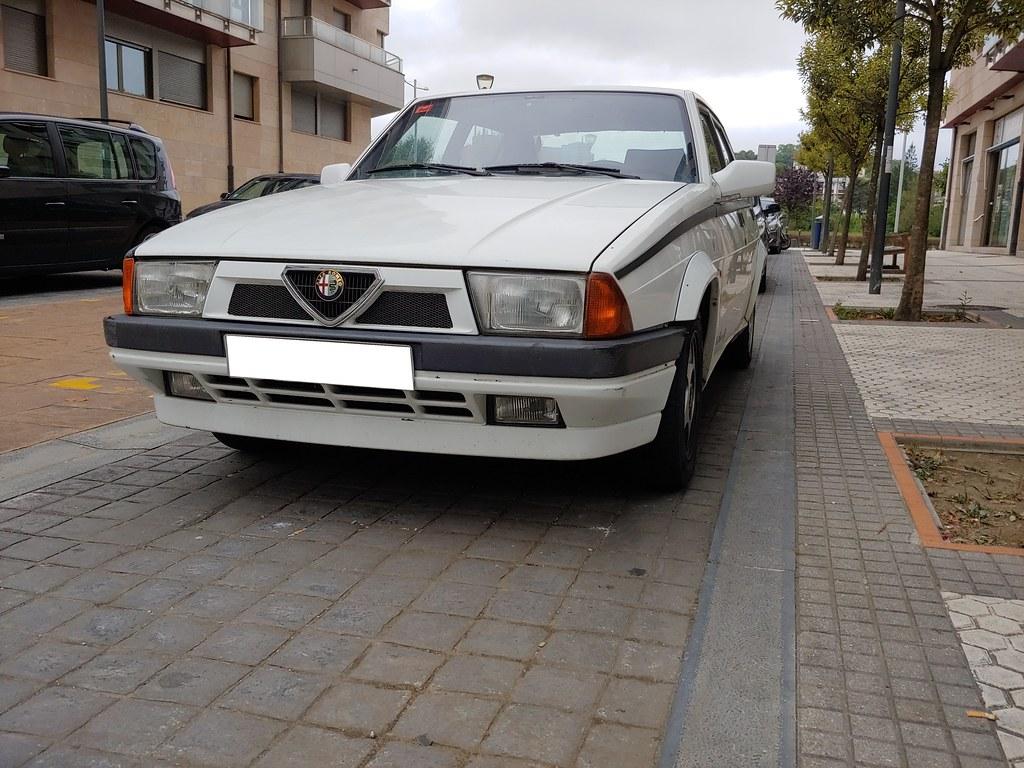 ALFA ROMEO 75 1.6 E