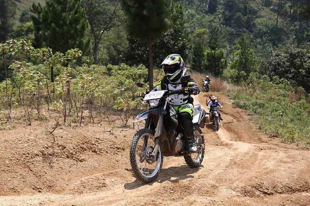 Fun Adventure Touring Merdeka  Yamaha WR 155R