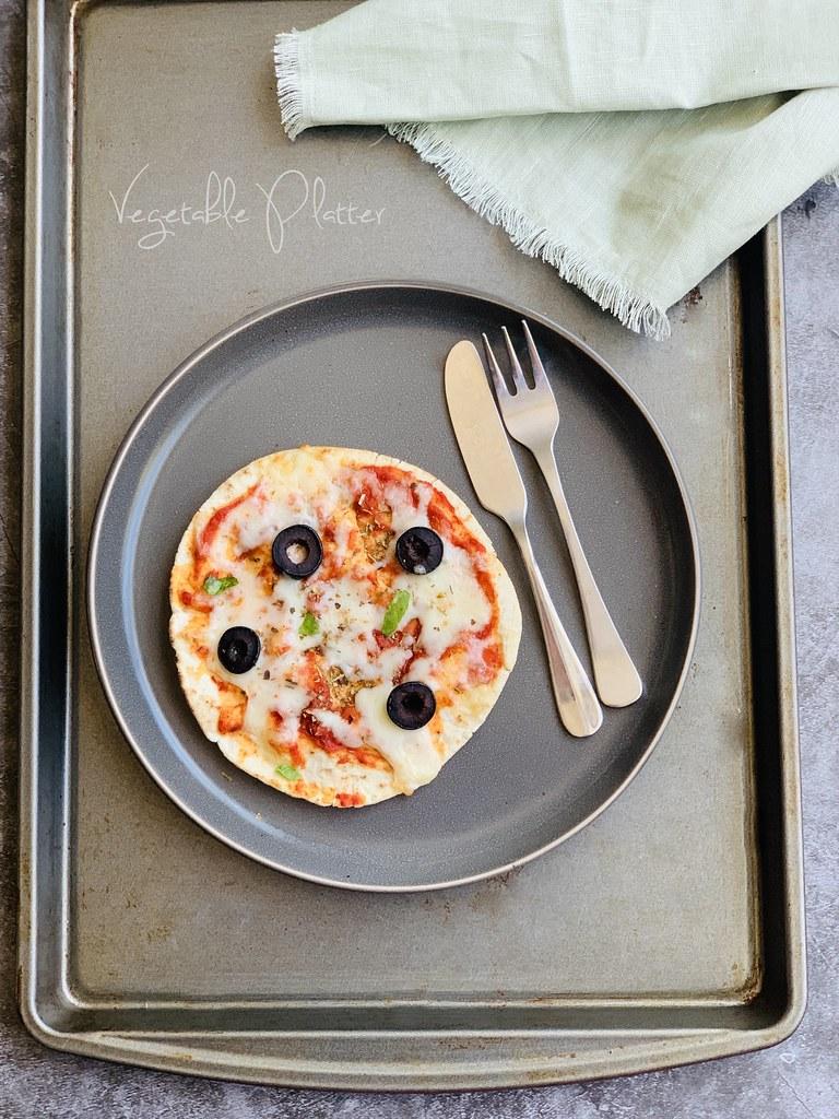 5 Minute Pita Pizza