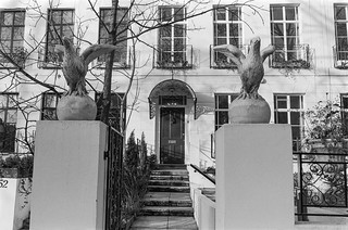 Holland Park Ave, Holland Park, Kensington & Chelsea, 1988 88-1b-44-positive_2400