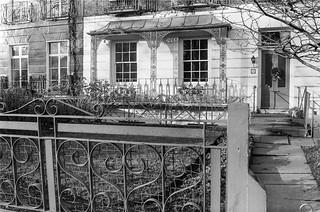 Holland Park Ave, Holland Park, Kensington & Chelsea, 1988 88-1b-41-positive_2400