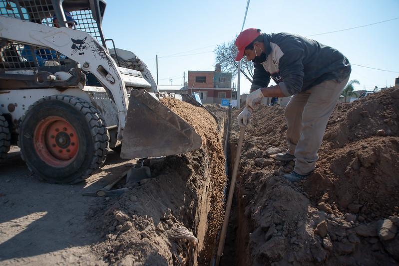 Obras de agua en Cooperativa Camoatí