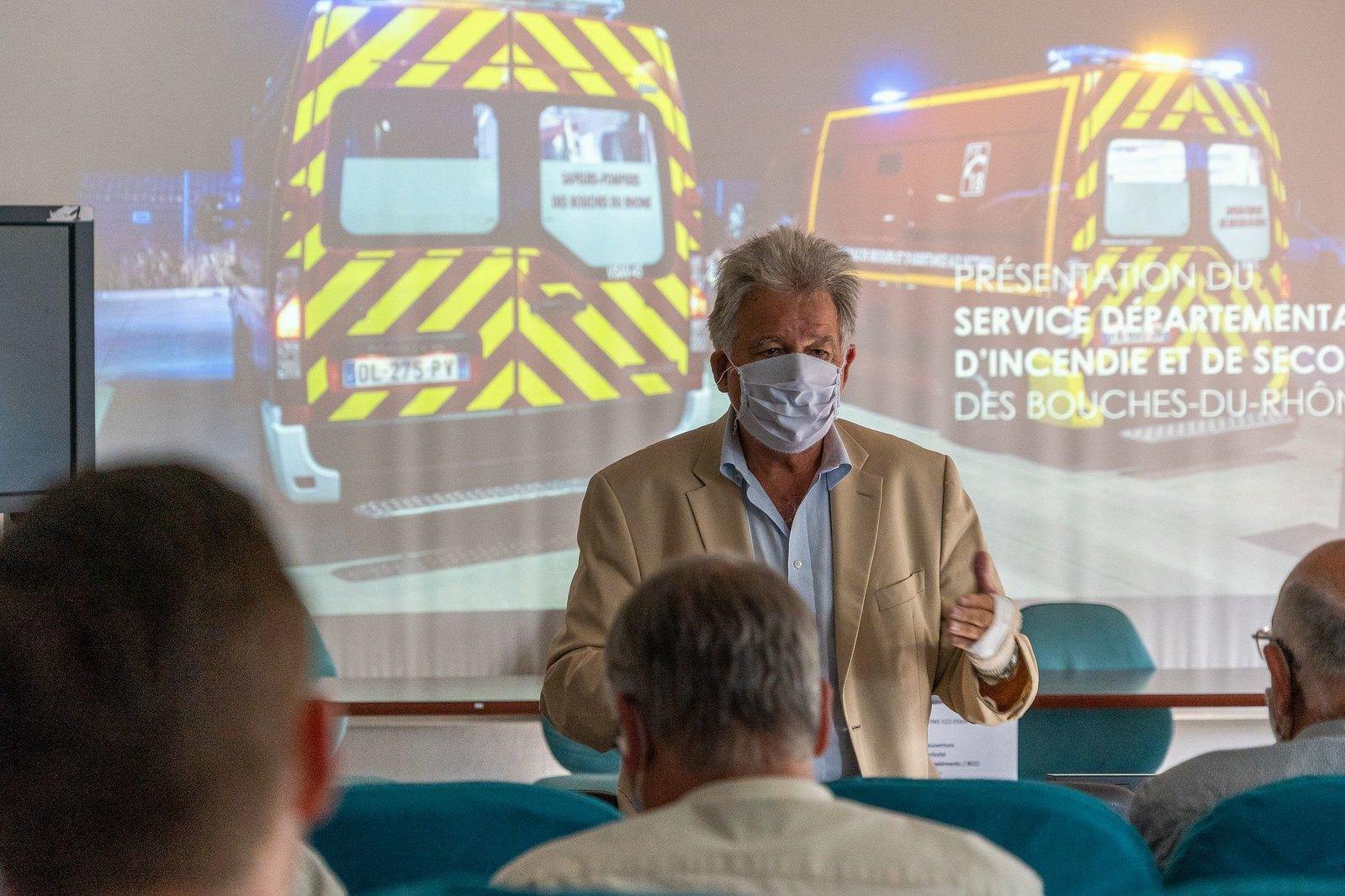 Les maires bucco rhodaniens en visite chez les Pompiers13